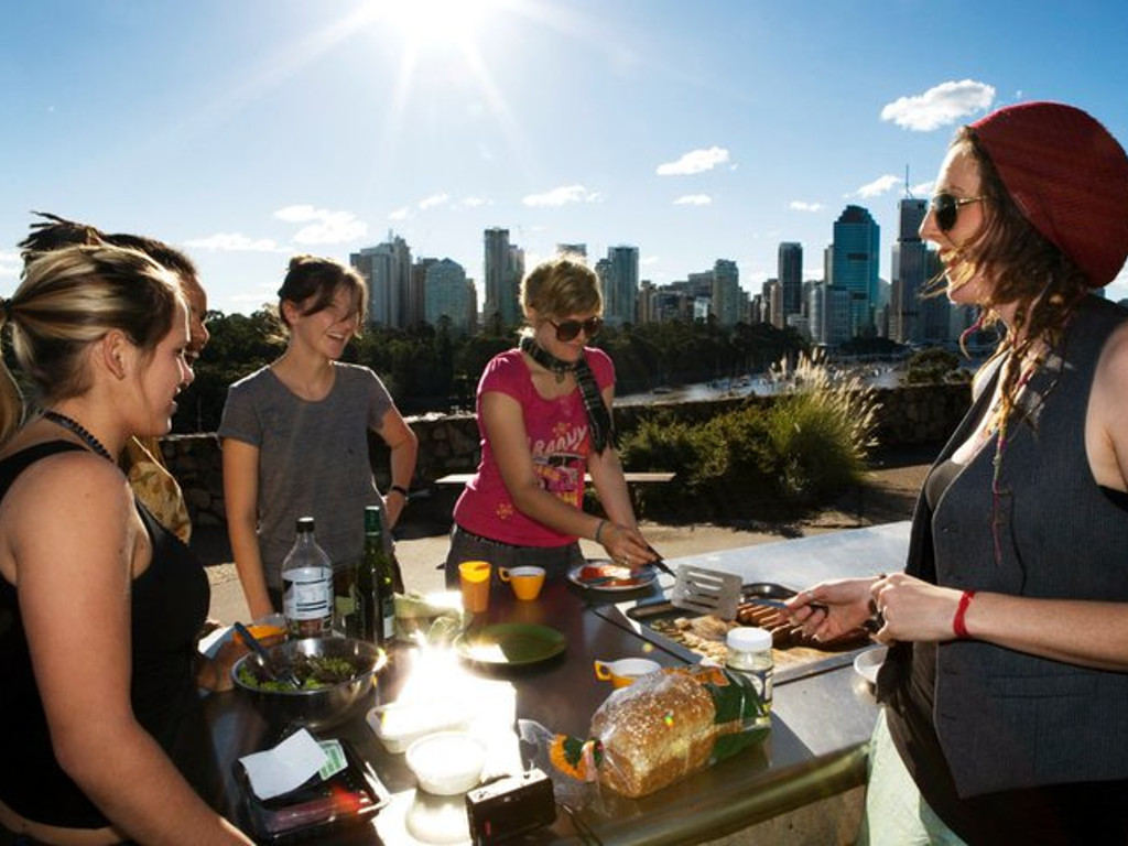 58b3242ca4__Lexis photo of BBQ Brisbane Kangaroo point (www).jpg