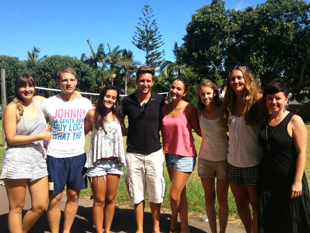 58b329a95c__Lexis photo of students Noosa.jpg